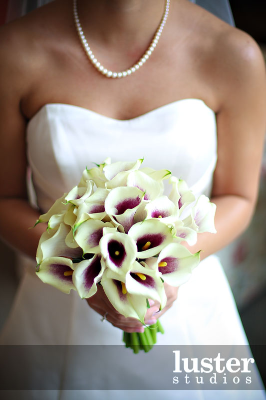 cala lilly wedding flowers