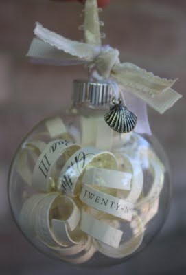 DIY: Wedding Invitation Ornament