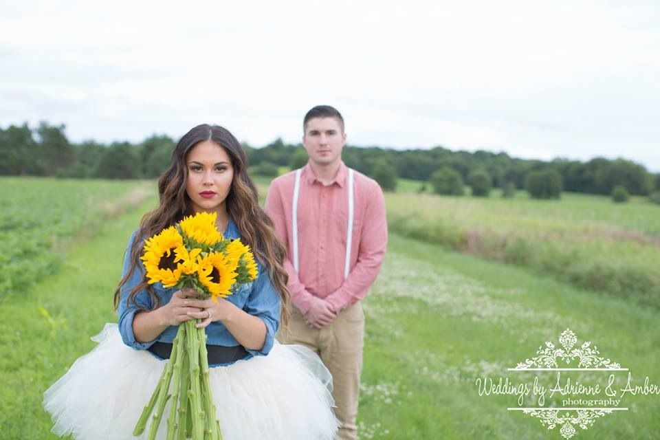 Lazy Ranch, Michigan Engagement Shoot – Jordyn & Max, Michigan