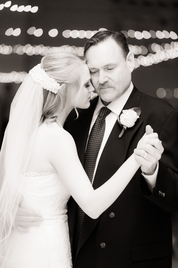 Fathers_Daughters_Joel_and_Amber_Wedding_Photography_CMWedding1317_low