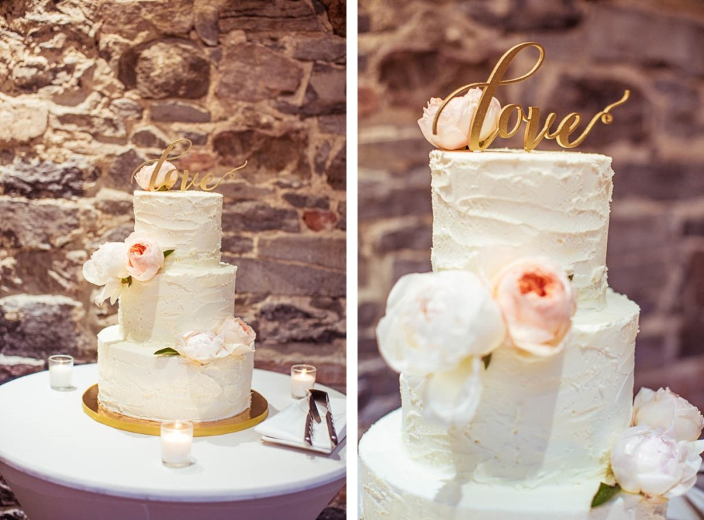 junophoto_nicole_and_mathew_old_montreal_wedding-016 TCB