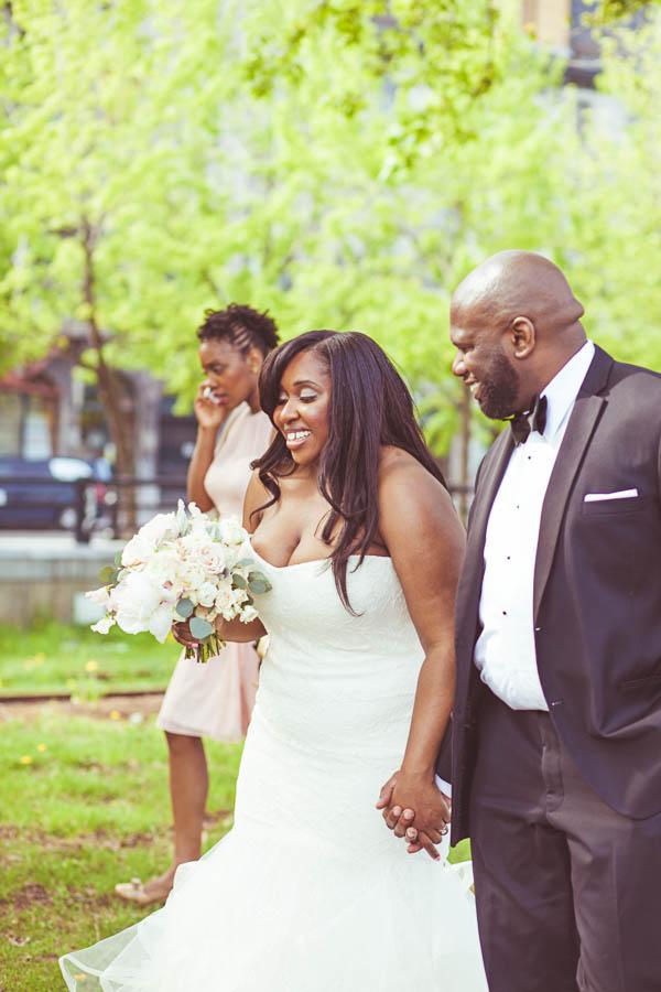 junophoto_nicole_and_mathew_old_montreal_wedding-093