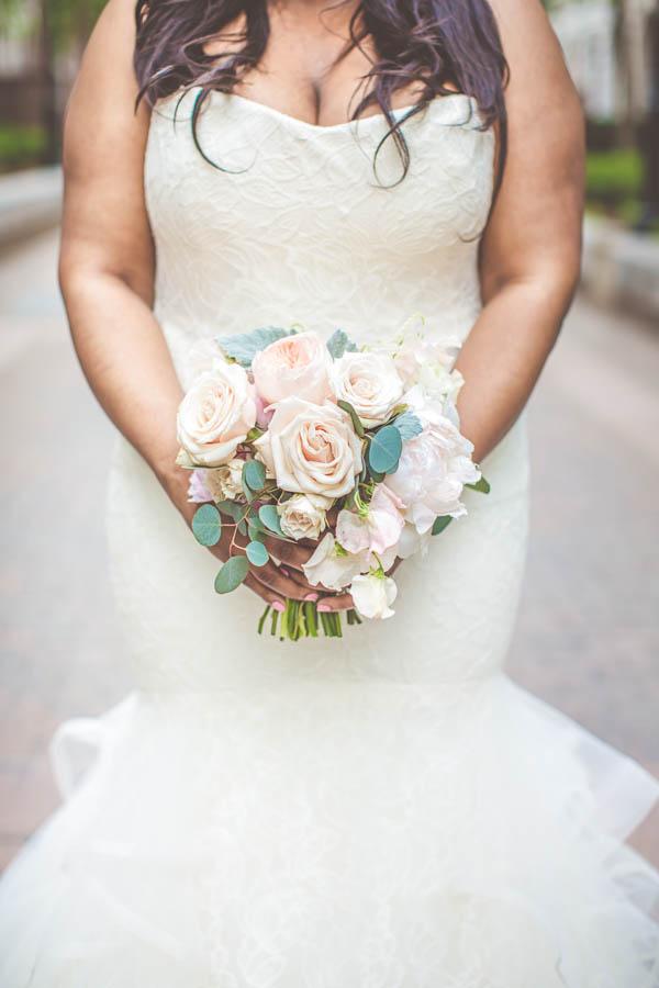 junophoto_nicole_and_mathew_old_montreal_wedding-275