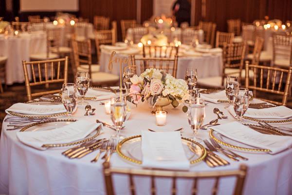 junophoto_nicole_and_mathew_old_montreal_wedding-307