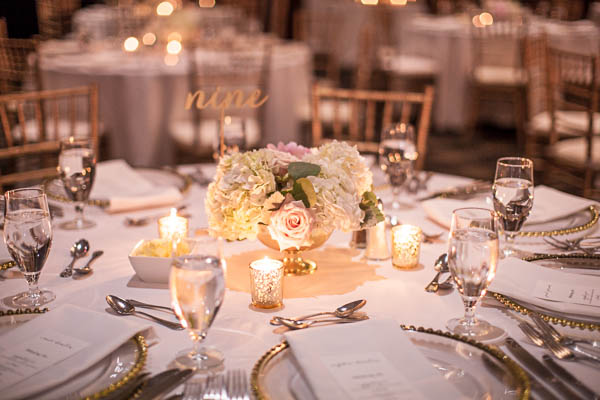junophoto_nicole_and_mathew_old_montreal_wedding-321