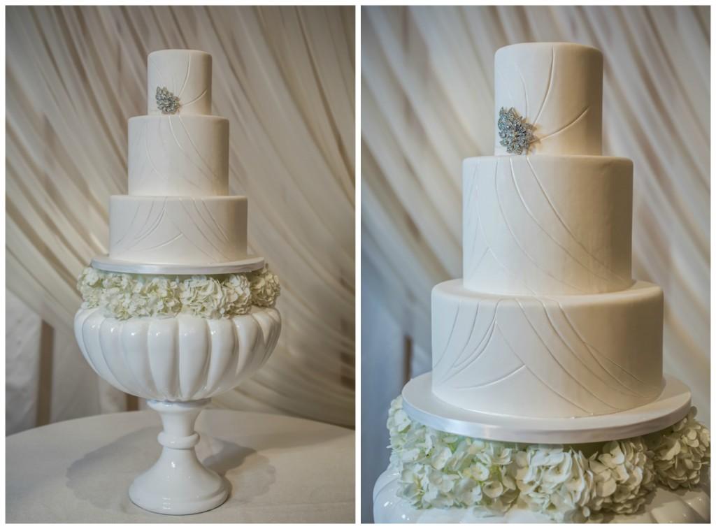 The Coordinated Bride_West_Janet_Howard_Studio_WhiteWedding119