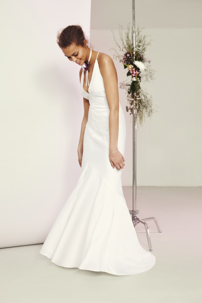 ASOS BRIDAL Deep Plunge Strappy Fishtail Maxi Dress u¦ü95
