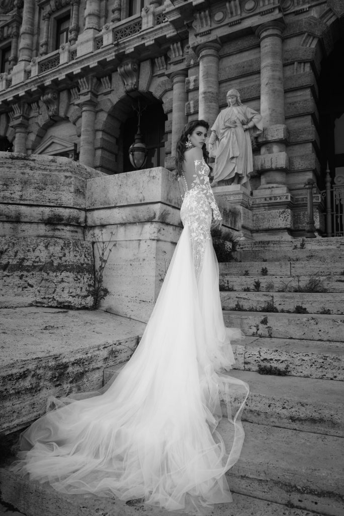 The Coordinated Bride and Julie Vino Roma Collection   1104 Antonia 2