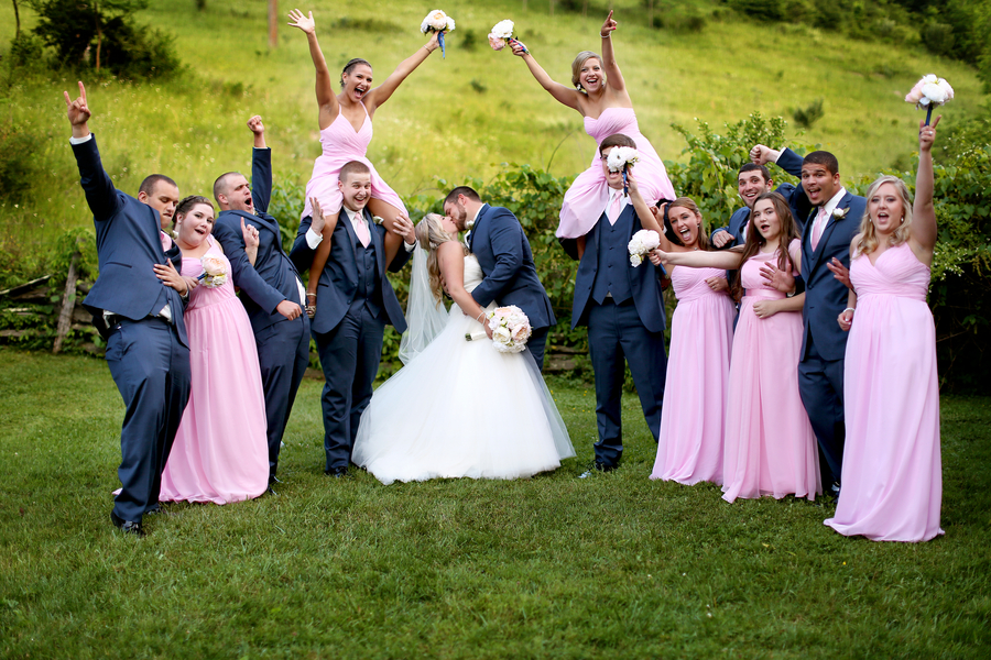 A Personalized and Organic Virginia Wedding Underneath Weeping Willows