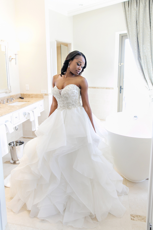 The Coordinated Bride__Michelle_Davina_Photography_PEKMO094_low