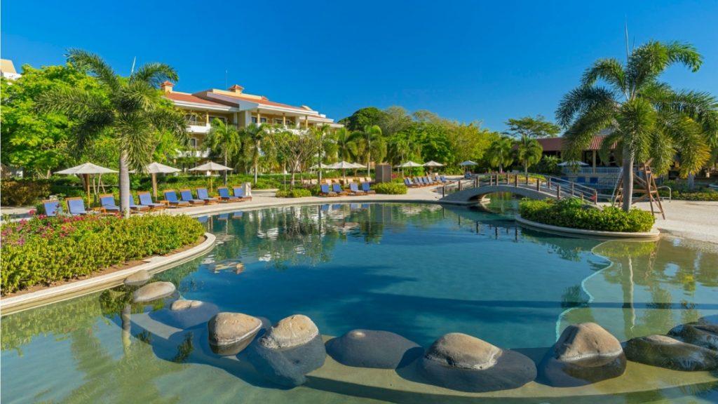 Royal Beach Club - Adult Only Pool wes3560re-186227-Triton-Pool-Bar2