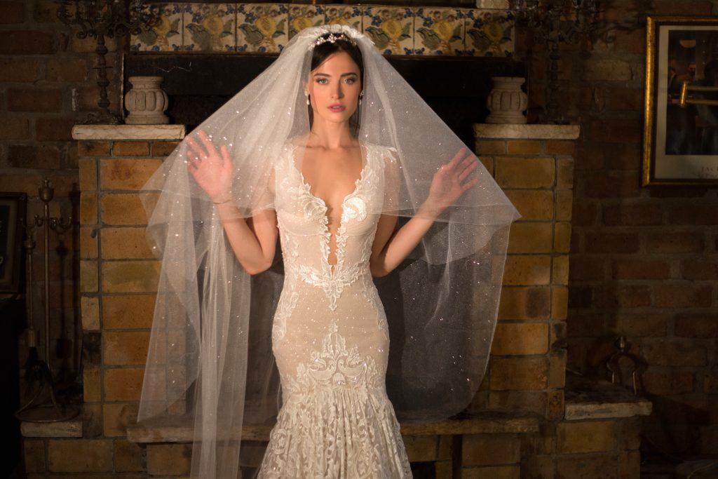 The Coordinated Bride Naama & Anat - Desire 3