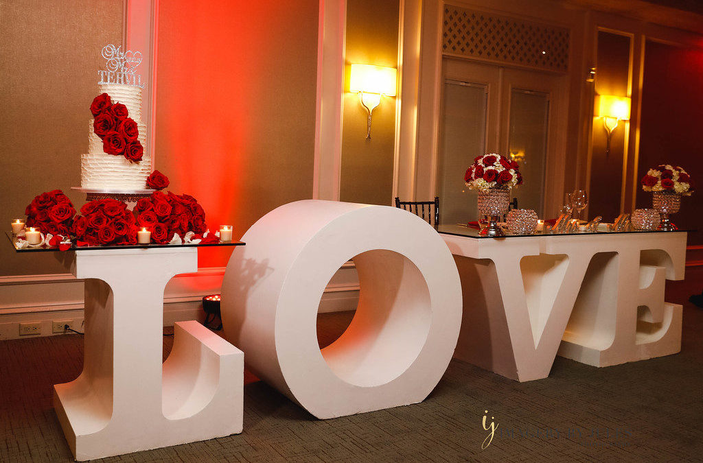 Black, Red and White Romantic Florida Wedding, Imagery By Jules