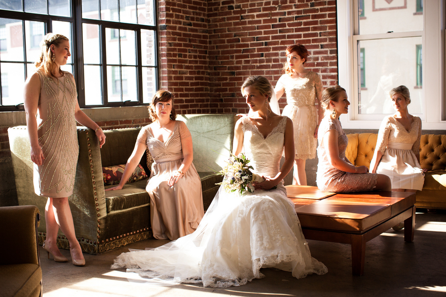 An Artistic City Wedding in St. Louis