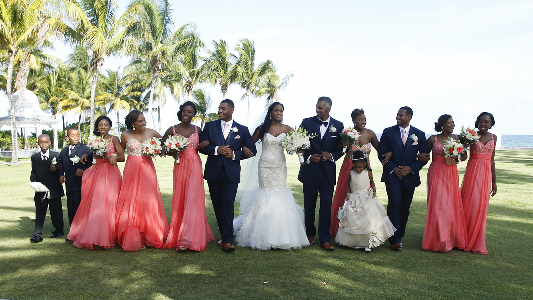 A Luxurious Destination Wedding in the Bahamas – Tieasher & Dante