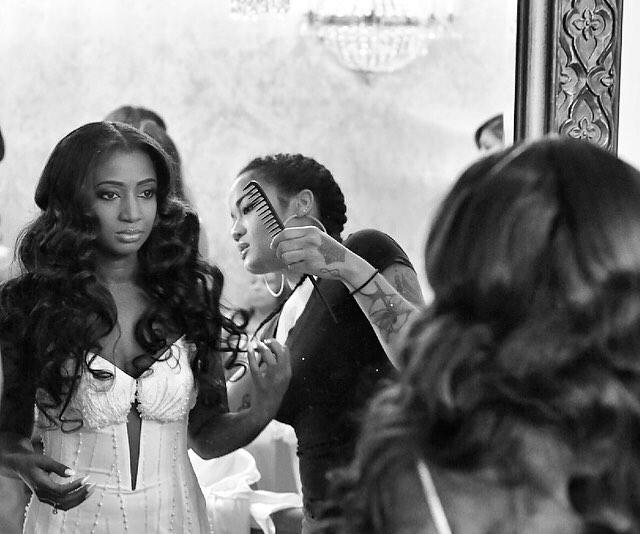 @infamous_beautypro Thank you for making me feel beautiful on my day! ????#wedding #weddingday #weddingseason #weddingdayprep #houstonhair #houstonhairstylist #weddinghairstyle #glam #weddinghair #bighair #bride #galialahavbride #weddingphotography #weddingphoto #blackbride1998 #leegallymine2016 #blackgirlmagic