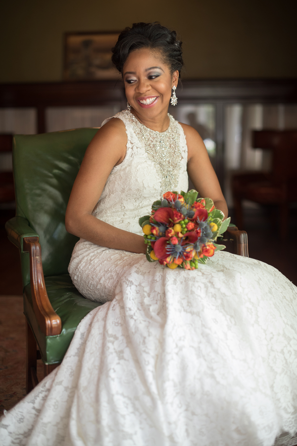 the-coordinated-bride-harris_bariteau_rheawhitneyphotography_candtbridalprep103_low