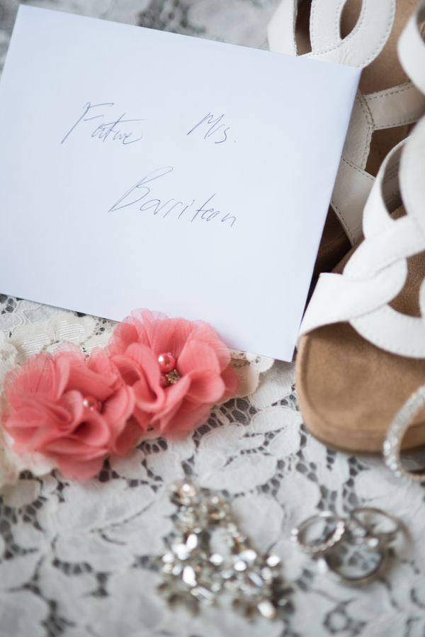 the-coordinated-bride-harris_bariteau_rheawhitneyphotography_candtbridalprep33_low