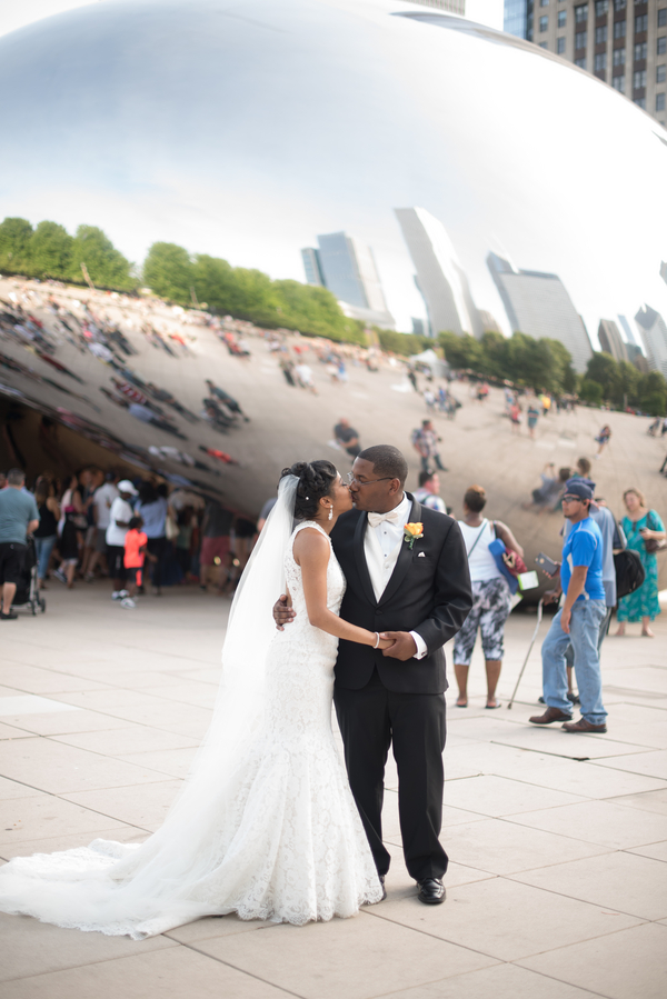 the-coordinated-bride-harris_bariteau_rheawhitneyphotography_candtbrideandgroomportrait47_low