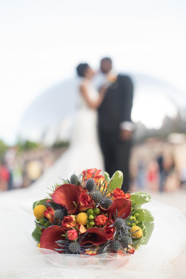the-coordinated-bride-harris_bariteau_rheawhitneyphotography_candtbrideandgroomportrait65_low