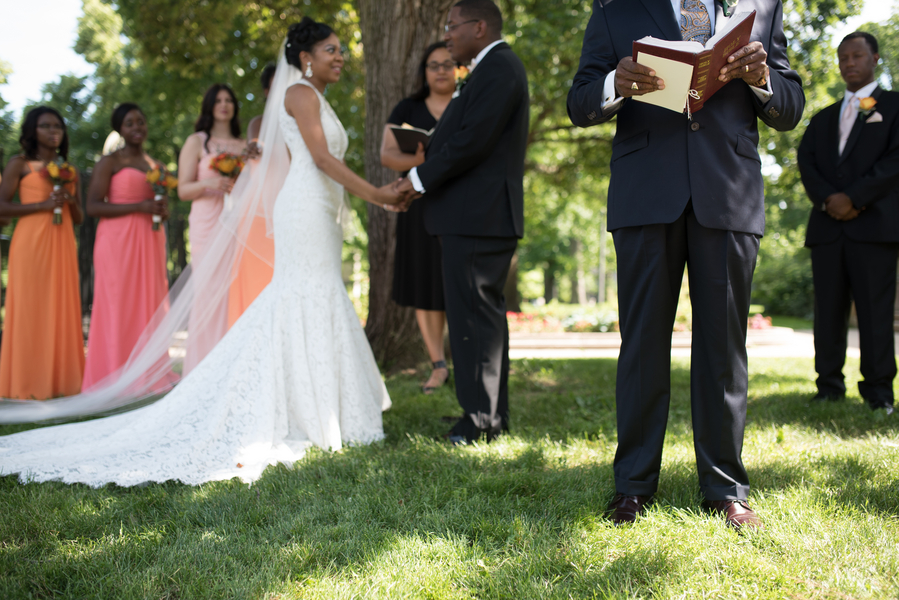 the-coordinated-bride-harris_bariteau_rheawhitneyphotography_candtceremony98_low