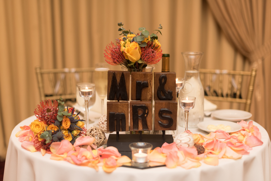 the-coordinated-bride-harris_bariteau_rheawhitneyphotography_candtreception1_low