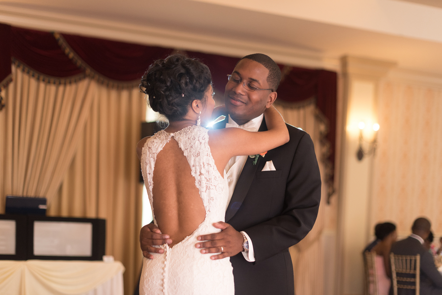 the-coordinated-bride-harris_bariteau_rheawhitneyphotography_candtreception74_low