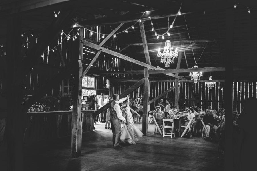 the-coordinated-bride-yeager_yeager_allieskylarphotography_img7353_low