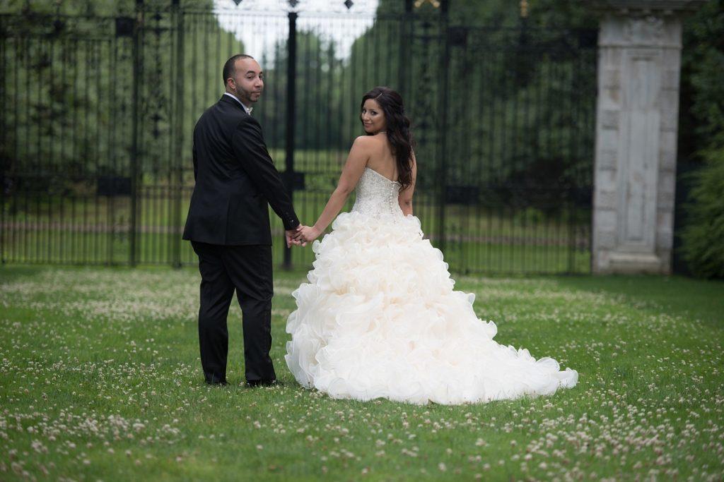 Studio 27 Photographers & Cinematographers The Coordinated Bride 18