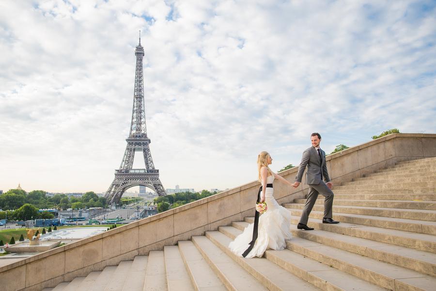 Vintage-Style Summer Elopement in Paris – Alan and Sharron