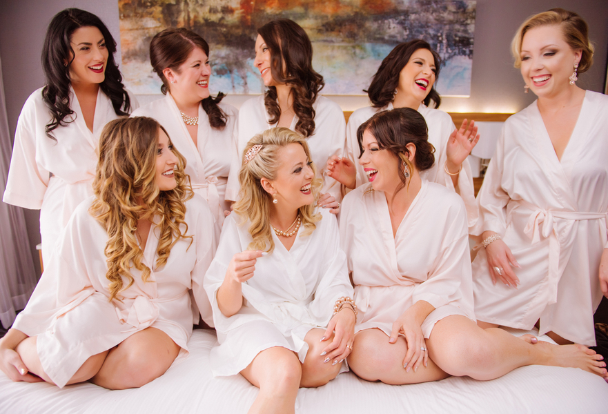 The Coordinated Bride Kennedy_Kostal_LindsayCoulterPhotography_BobbieGreg073_low
