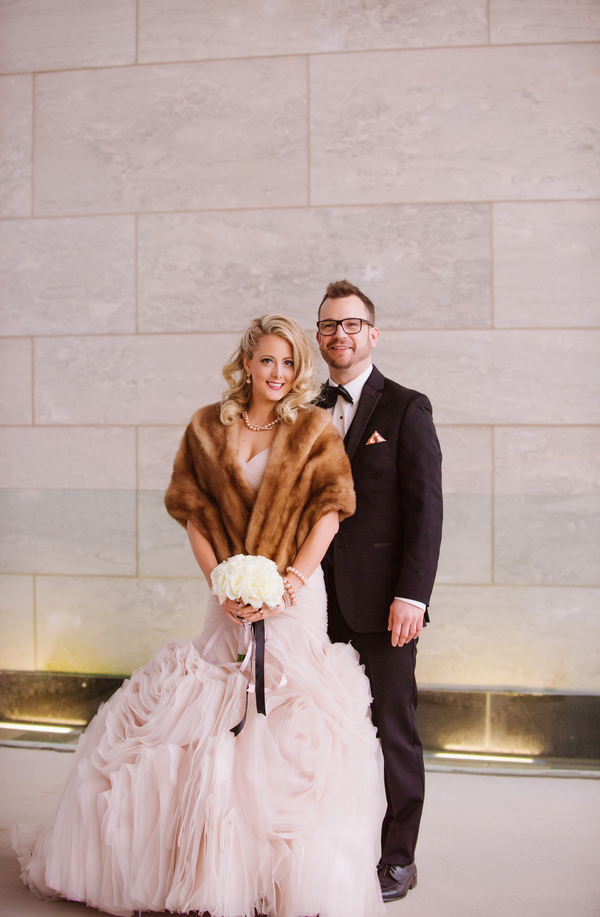The Coordinated Bride Kennedy_Kostal_LindsayCoulterPhotography_BobbieGreg203_low