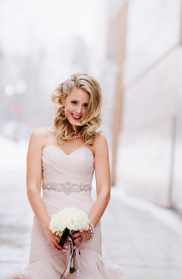 The Coordinated Bride Kennedy_Kostal_LindsayCoulterPhotography_Sophies10_low