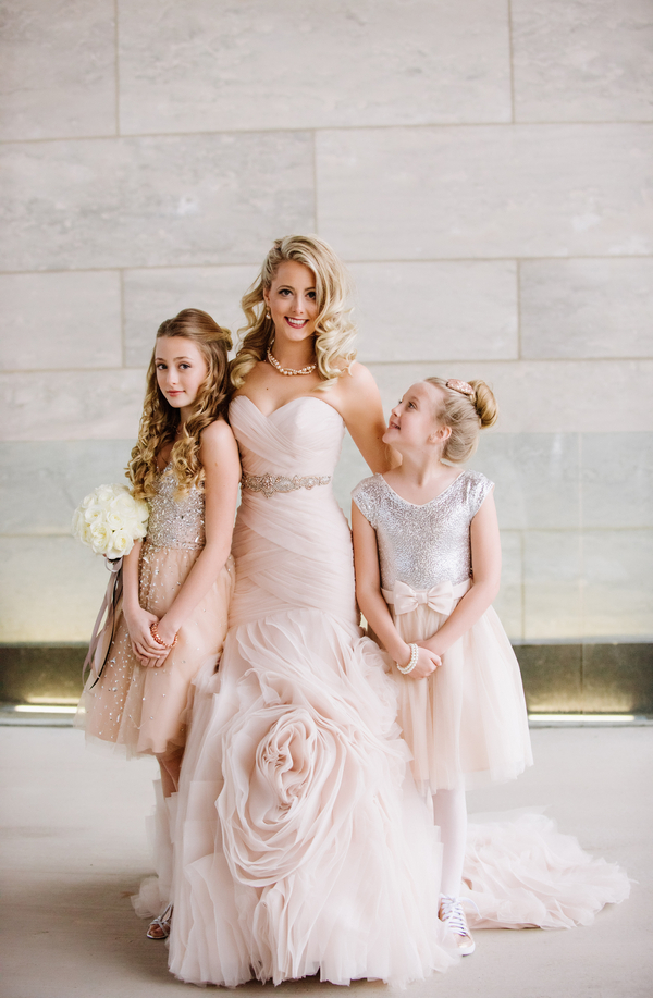 The Coordinated Bride Kennedy_Kostal_LindsayCoulterPhotography_Sophies6_low