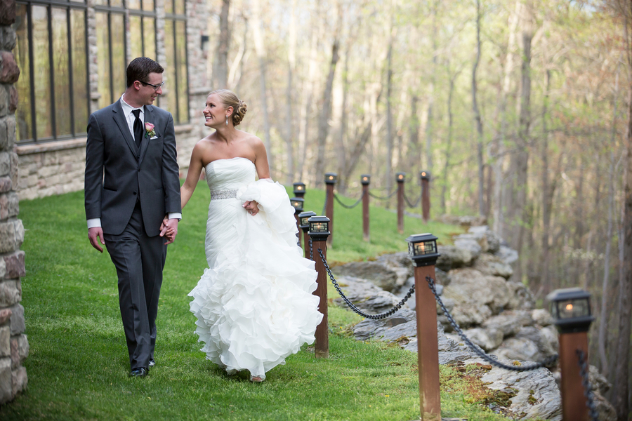 An Intimate Outdoor Wedding in the Poconos