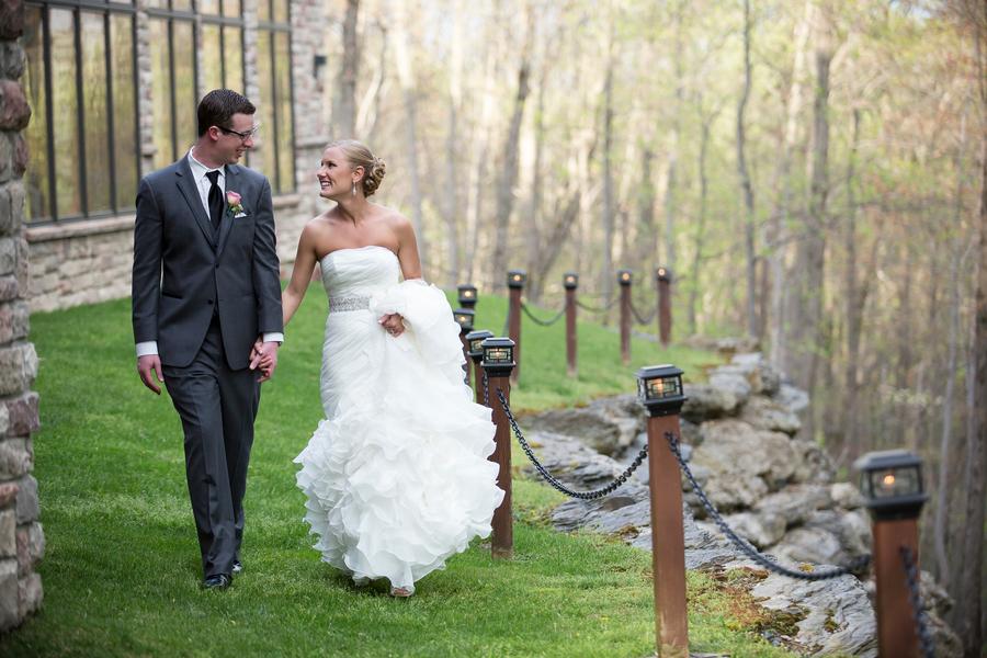 The Coordinated Bride Nichols_Mullen_TwoSticksStudios_iwMDGNnv_low