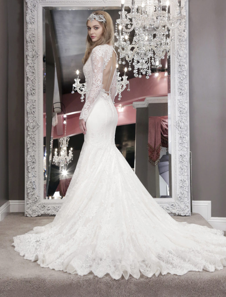 Winnie Couture The Coordinated Bride 3238b_Averil