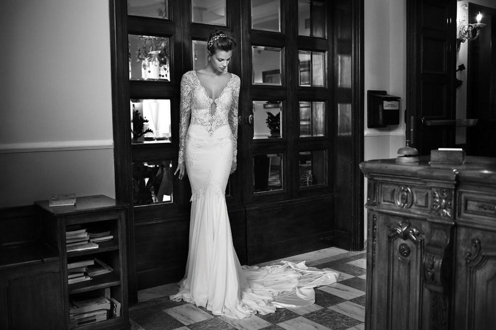 The-Coordinated-Bride-MICHAL-MEDINA-FALL-2015-S5008-01-SB