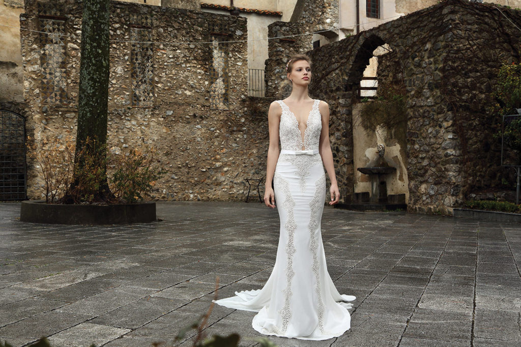 The-Coordinated-Bride-MICHAL-MEDINA-FALL-2015-S5012-01-SB
