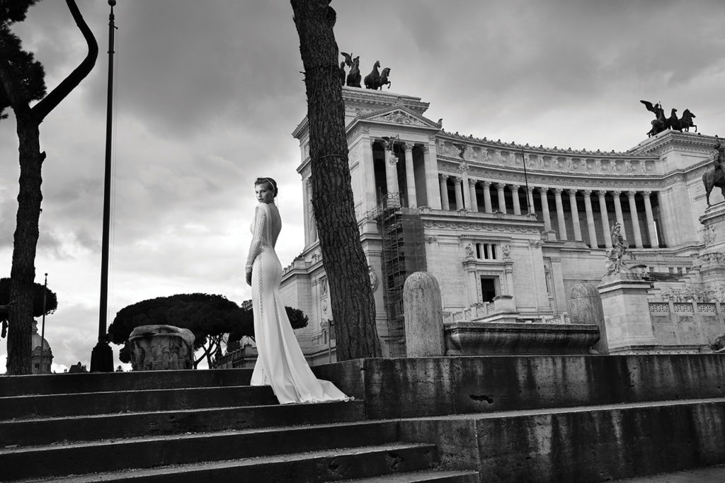 The-Coordinated-Bride-MICHAL-MEDINA-FALL-2015-S5015-03-SB