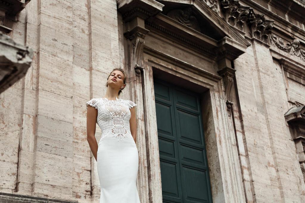 The-Coordinated-Bride-MICHAL-MEDINA-FALL-2015-S5026-01-SB