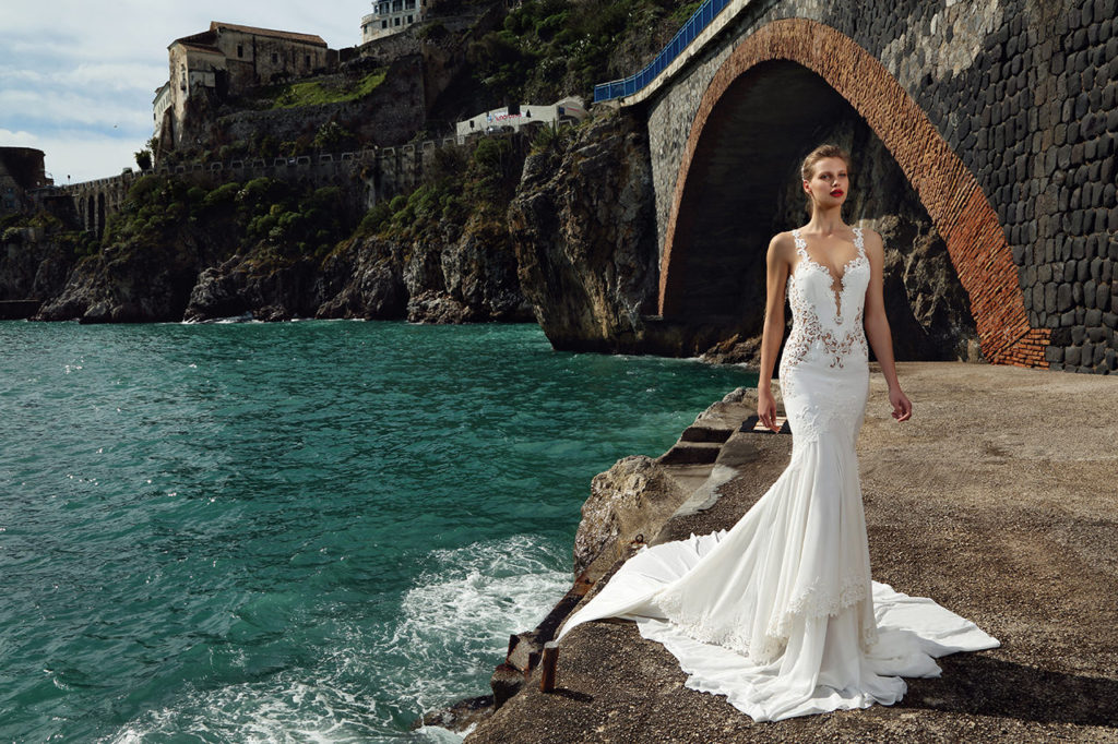 The-Coordinated-Bride-MICHAL-MEDINA-SPRING-2016-S5028-01-SB