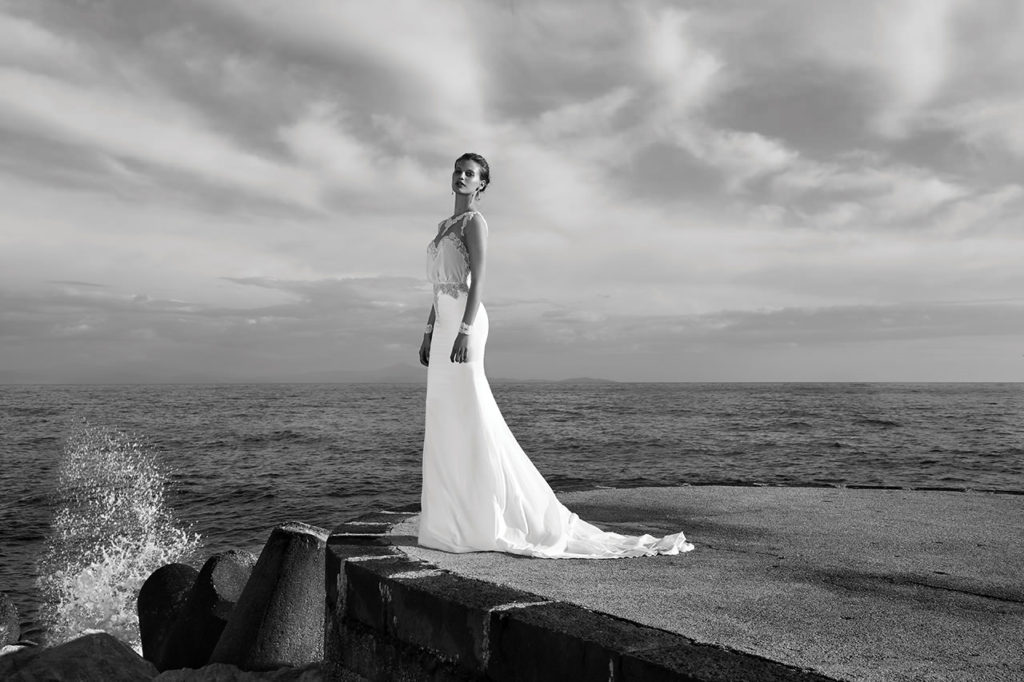 The-Coordinated-Bride-MICHAL-MEDINA-SPRING-2016-S5032-02-SB