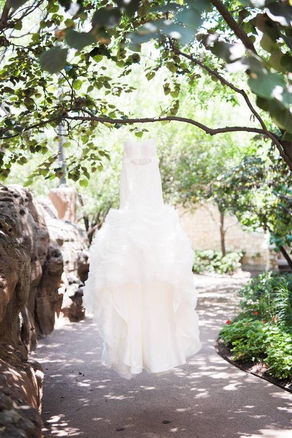 The_Coordinated_Bride_Blog_Muller_Graf_AdriaLeaPhotography_wedding0001_low