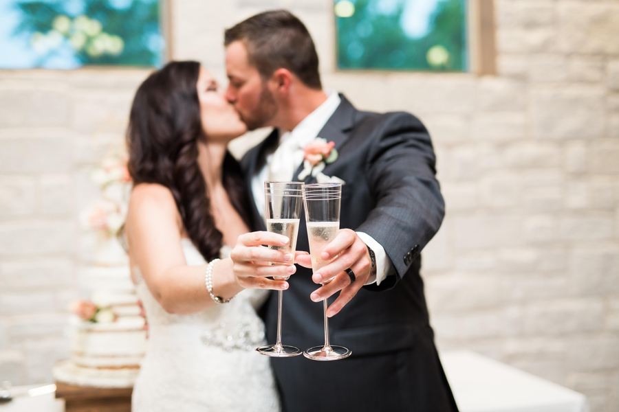 The_Coordinated_Bride_Blog_Muller_Graf_AdriaLeaPhotography_wedding0456_low