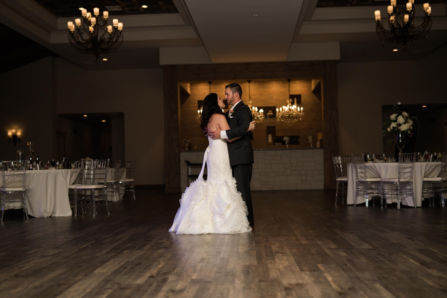The_Coordinated_Bride_Blog_Muller_Graf_AdriaLeaPhotography_wedding0551_low
