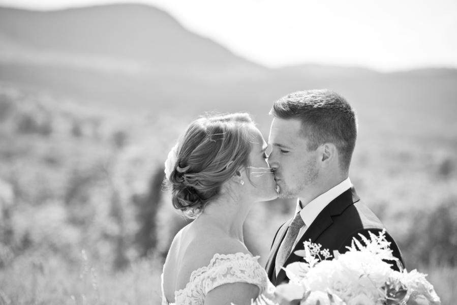 The_Coordinated_Bride_Kayla_Zachary_danifinephotographyampimagestudio_kaylazack109_low