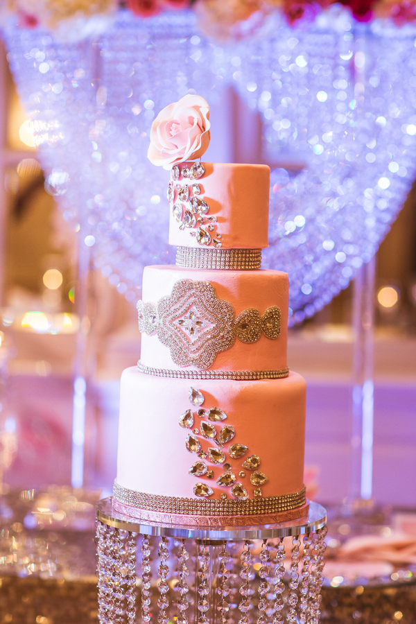 The Coordinated Bride Cake Inspiration 15
