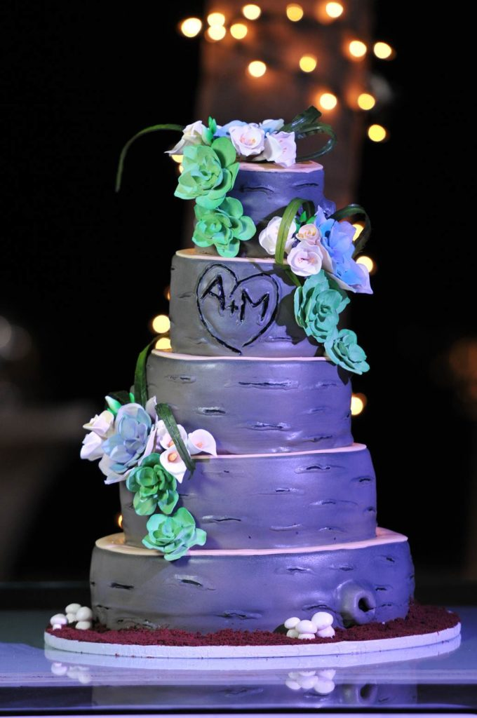 The Coordinated Bride Cake Inspiration 2