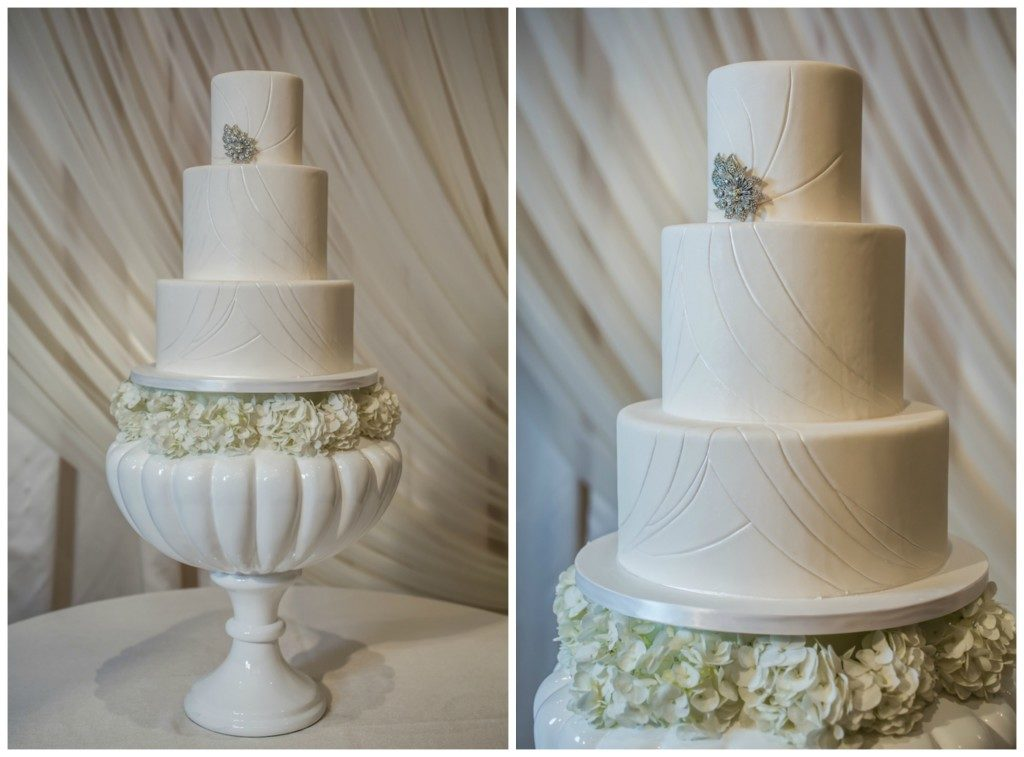 The Coordinated Bride Cake Inspiration 22